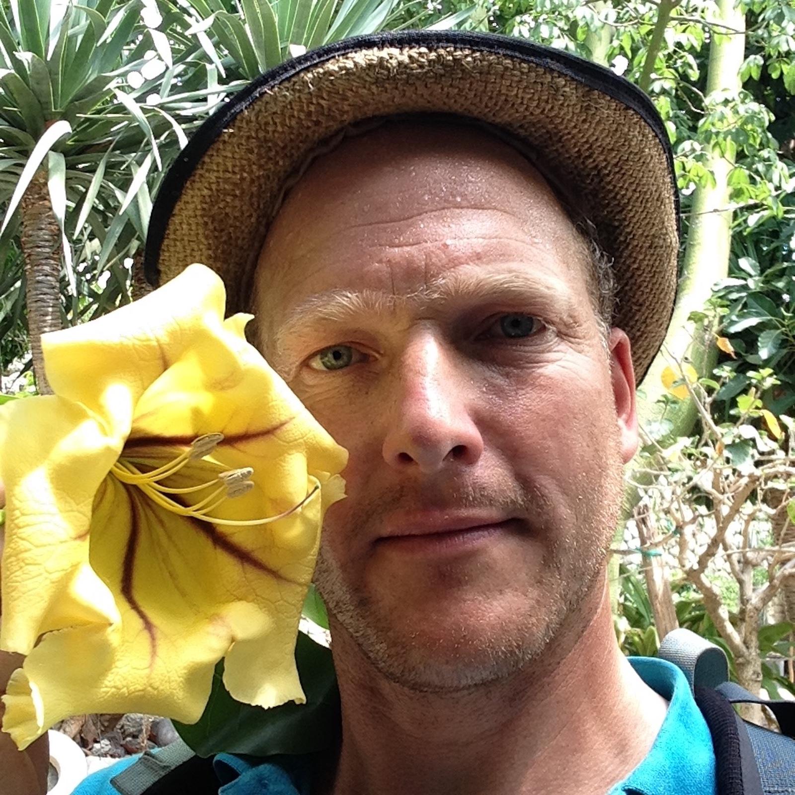 Virtual talk with Tom Hart-Dyke on 'The World Garden at Lullingstone Castle'